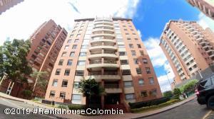 Apartamento En Ventaen Bogota, Santa Bárbara, Colombia, CO RAH: 19-593