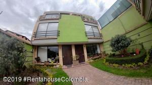 Casa En Ventaen Chia, La Balsa, Colombia, CO RAH: 19-598