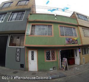 Casa En Ventaen Bogota, Patio Bonito, Colombia, CO RAH: 19-600