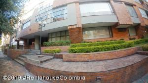 Apartamento En Ventaen Bogota, Bella Suiza, Colombia, CO RAH: 19-636