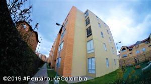 Apartamento En Ventaen Chia, Camino La Floresta, Colombia, CO RAH: 19-650