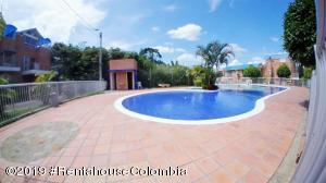 Casa En Ventaen La Mesa, Alta Vista, Colombia, CO RAH: 19-690