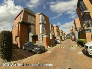 Casa En Ventaen Bogota, Iberia, Colombia, CO RAH: 19-685