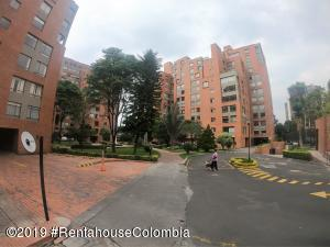 Apartamento En Ventaen Bogota, La Carolina, Colombia, CO RAH: 19-707