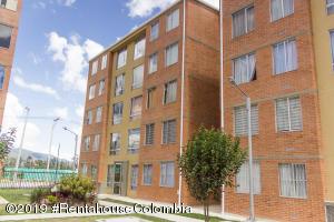 Apartamento En Ventaen Tocancipa, Tocancipa, Colombia, CO RAH: 19-713