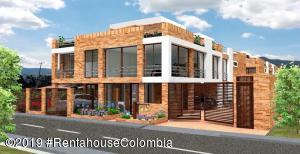 Casa En Ventaen Cajica, Vereda Chuntame, Colombia, CO RAH: 19-716