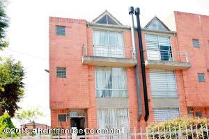 Casa En Ventaen Mosquera, El Trebol, Colombia, CO RAH: 19-719