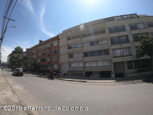 Apartamento En Ventaen Bogota, Chico Norte, Colombia, CO RAH: 19-768