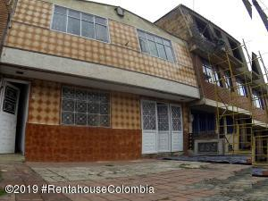 Casa En Ventaen Bogota, La Campiña, Colombia, CO RAH: 19-771