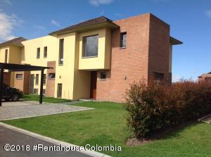 Casa En Arriendoen Cajica, Vereda Canelon, Colombia, CO RAH: 19-784