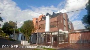 Apartamento En Ventaen Bogota, Nueva Autopista, Colombia, CO RAH: 19-786