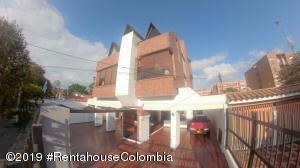 Apartamento En Ventaen Bogota, Nueva Autopista, Colombia, CO RAH: 19-787