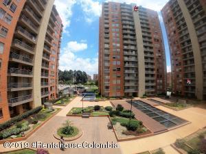 Apartamento En Ventaen Bogota, Colina Campestre, Colombia, CO RAH: 19-793