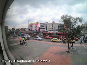 Local Comercial En Ventaen Bogota, Chapinero Central, Colombia, CO RAH: 19-796
