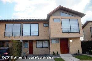 Casa En Ventaen Cajica, Calahorra, Colombia, CO RAH: 19-802