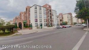Apartamento En Ventaen Bogota, Pradera Norte, Colombia, CO RAH: 19-800