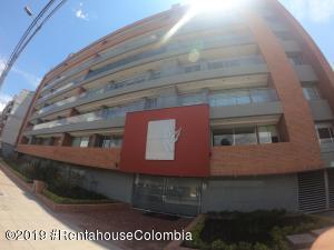 Apartamento En Ventaen Bogota, Bella Suiza, Colombia, CO RAH: 19-806