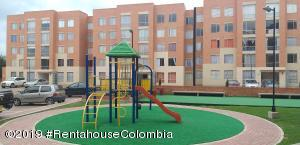 Apartamento En Arriendoen Zipaquira, Villa Maria, Colombia, CO RAH: 19-815