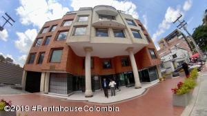 Oficina En Ventaen Bogota, Chico, Colombia, CO RAH: 19-816