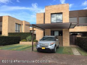 Casa En Ventaen Cajica, Vereda Canelon, Colombia, CO RAH: 19-820