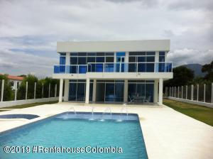 Casa En Ventaen Fusagasuga, Vereda Panama, Colombia, CO RAH: 19-819