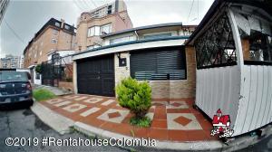 Casa En Arriendoen Bogota, Cedritos, Colombia, CO RAH: 19-824