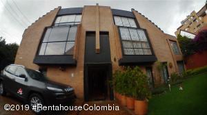 Casa En Ventaen Bogota, Belmira, Colombia, CO RAH: 19-844