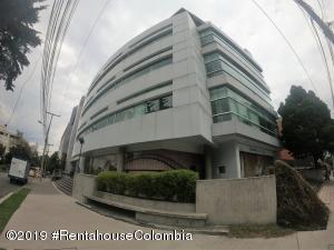 Oficina En Arriendoen Bogota, Chico Norte Ii, Colombia, CO RAH: 19-839