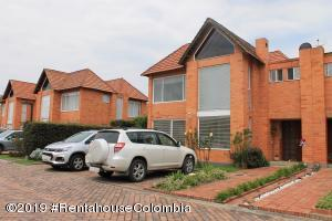 Casa En Ventaen Chia, Vereda Bojaca, Colombia, CO RAH: 19-842