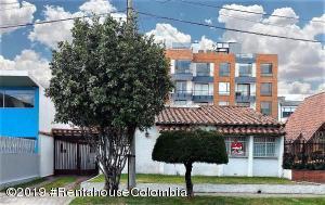 Casa En Arriendoen Bogota, Nueva Autopista, Colombia, CO RAH: 19-848