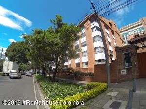 Apartamento En Arriendoen Bogota, El Nogal, Colombia, CO RAH: 19-855