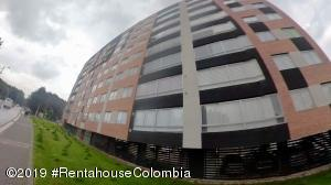 Apartamento En Ventaen Bogota, La Campina Suba, Colombia, CO RAH: 19-857