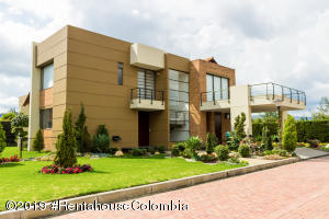 Casa En Arriendoen Chia, Vereda Bojaca, Colombia, CO RAH: 19-875