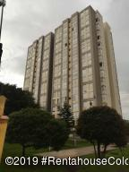 Apartamento En Ventaen Bogota, Prado Veraniego Norte, Colombia, CO RAH: 19-885