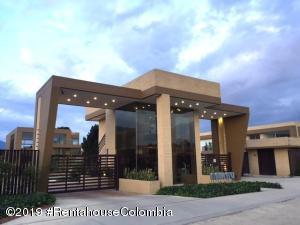Casa En Ventaen Cajica, Vereda Canelon, Colombia, CO RAH: 19-886