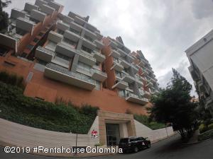 Apartamento En Arriendoen Bogota, Chapinero Alto, Colombia, CO RAH: 19-891