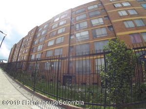 Apartamento En Ventaen Bogota, Paris Gaitan, Colombia, CO RAH: 19-894