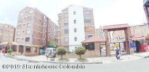 Apartamento En Ventaen Bogota, Campanela, Colombia, CO RAH: 19-910