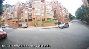 Apartamento En Ventaen Bogota, Emaus, Colombia, CO RAH: 19-921