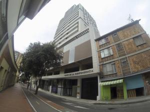 Apartamento En Arriendoen Bogota, Las Nieves, Colombia, CO RAH: 19-943