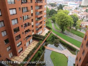 Apartamento En Ventaen Bogota, Santa Ana Usaquen, Colombia, CO RAH: 19-972