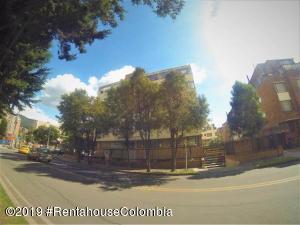 Apartamento En Arriendoen Bogota, Cedritos, Colombia, CO RAH: 19-977
