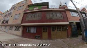 Casa En Ventaen Bogota, Verbenal, Colombia, CO RAH: 19-979