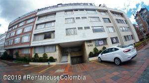 Apartamento En Ventaen Bogota, San Patricio, Colombia, CO RAH: 19-987