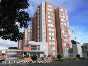 Apartamento En Ventaen Bogota, La Alameda, Colombia, CO RAH: 19-1003