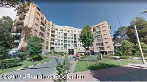 Apartamento En Ventaen Bogota, Bella Suiza, Colombia, CO RAH: 19-1009