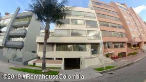 Apartamento En Ventaen Bogota, Molinos Norte, Colombia, CO RAH: 19-1021
