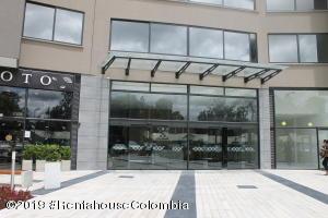 Consultorio En Arriendoen Cajica, Calahorra, Colombia, CO RAH: 19-1028
