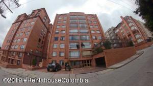 Apartamento En Ventaen Bogota, Bella Suiza, Colombia, CO RAH: 19-1037