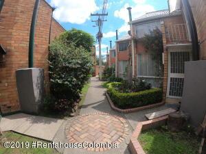 Casa En Arriendoen Bogota, Rincon Del Puente, Colombia, CO RAH: 19-1041